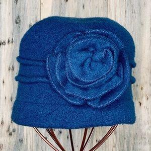 RETRO Blue Wool Cloche Hat
